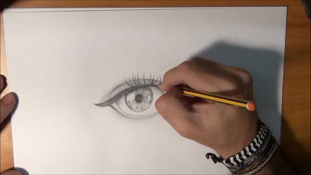 Dibujar un ojo real a lápiz