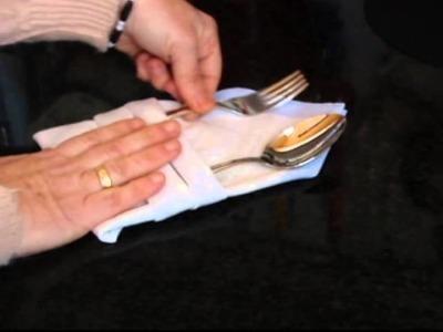 Tres formas de doblar una servilleta