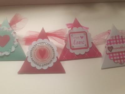Caja de dulces triangulo san valentin