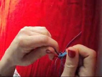 Como hacer pulseras en forma de triángulo