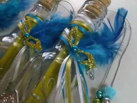 Invitación de XV años en botella con antifaz