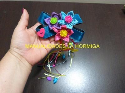 Como hacer  moños en cinta y decorado con flores de tela  No.177 Manualidades la Hormiga