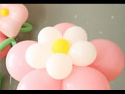 Cómo hacer una flor con globos de colores