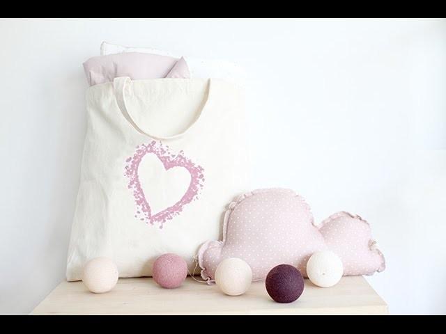 Manualidad: Bolsa con corazón pintado