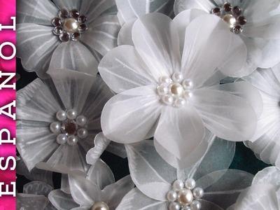 Preciosas Flores variadas de papel vegetal DIY (inspiradas por LasCosasdelaLola y Laura Valios)