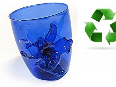 Cómo reciclar envases de plástico. Recycled plastic containers.