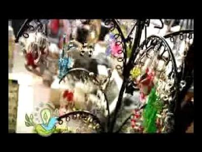 Aprende a hacer prendas y joyas de materiales reciclados