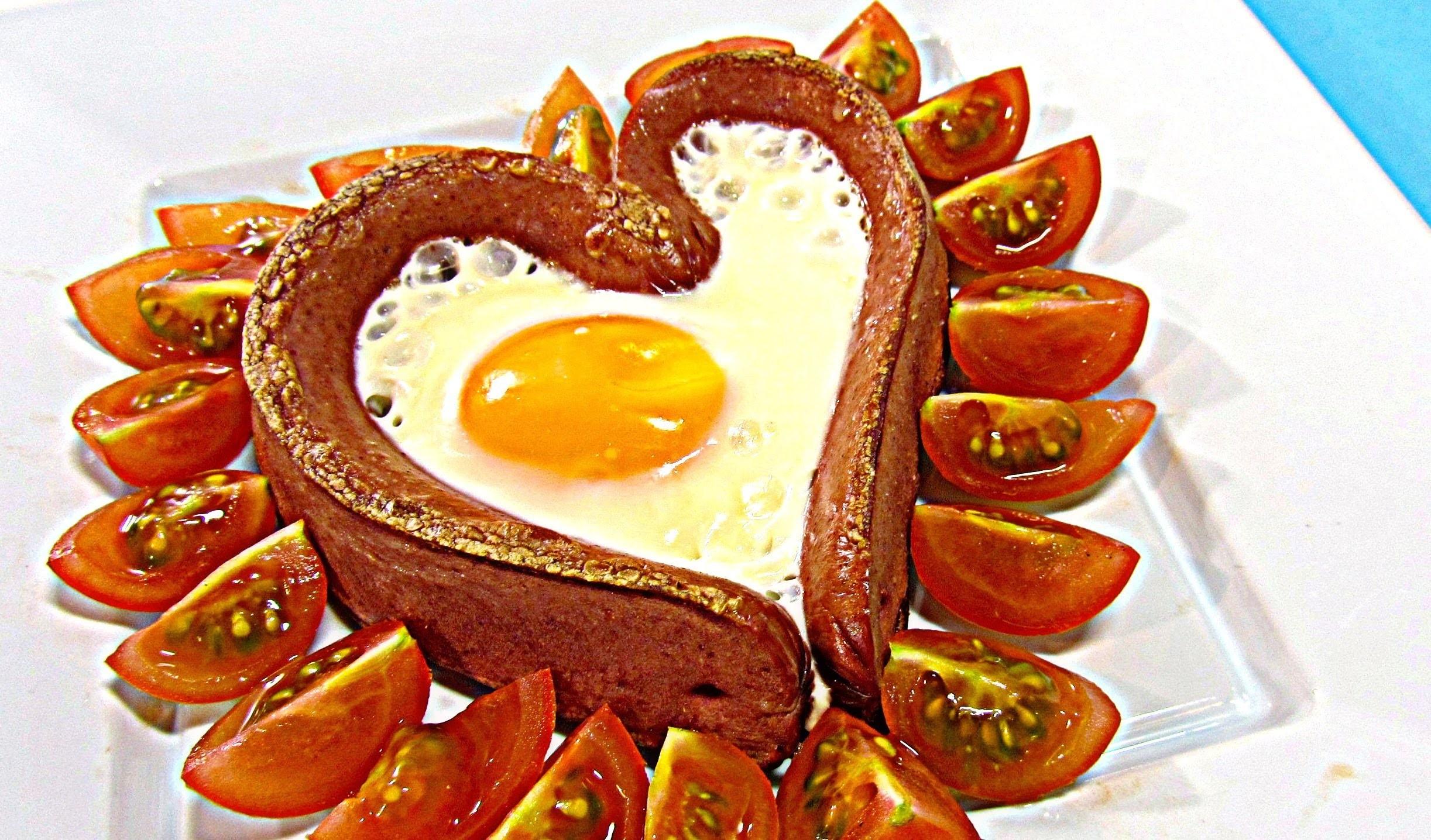 Receta San Valentín: Salchi huevo corazón. Sausage Heart.
