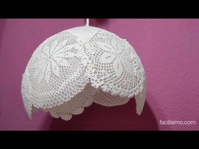 Cómo hacer una lámpara con tapetes de ganchillo | facilisimo.com