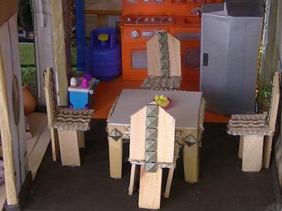 Comedor para casa de muñecas