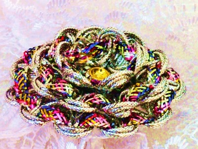 Rosas arcoíris en cintas Rainbow roses in ribbons