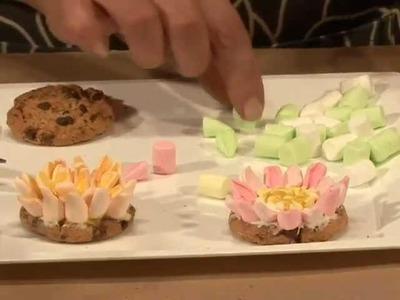 Como hacer flores de galleta y malvaviscos