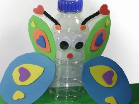 Manualidades con Reciclados: Mariposa con botella reciclada