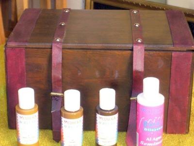 Aprende a decorar una caja con imitación madera y cuero