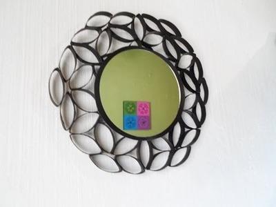 ¿Cómo enmarcar un espejo reciclando?