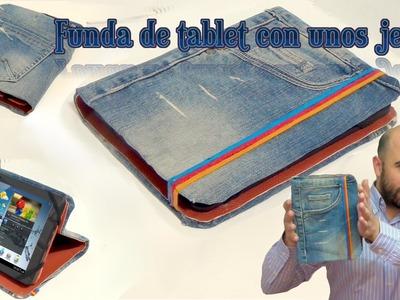 Funda para tablet utilizando unos jeans. DIY manualidades reciclando cartón y unos vaqueros