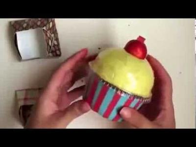 MANUALIDADES recicladas Cajita en forma de Cupcake
