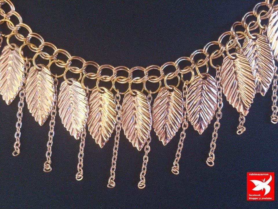 Collar de moda dorado con hojas y cadenas