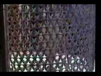 Reciclaje de lámpara con anillas de lata