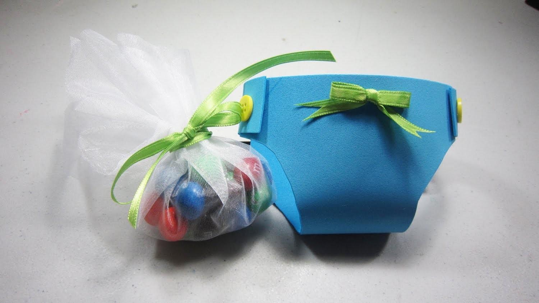 Cómo hacer  un recuerdo dulcero para  baby shower en forma de pañal