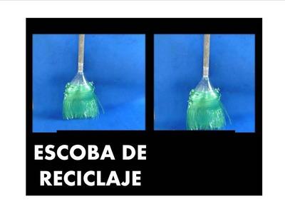 MANUALIDADES - Como hacer escoba con botellas recicladas - RECICLAJE