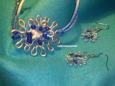 Pendientes y pulsera de alambre tonos azul