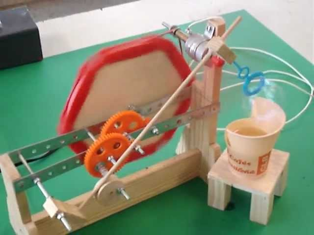 Tecnologia -Engranajes Máquina de Pompas de Jabón.MPG