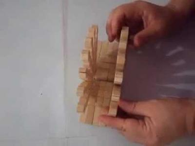Como hacer un servilletero con ganchos de ropa en madera