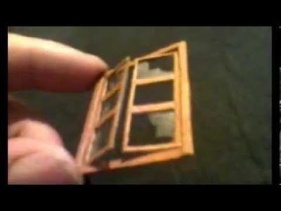 Ventana de madera y carton efecto vidrios rotos para maquetas