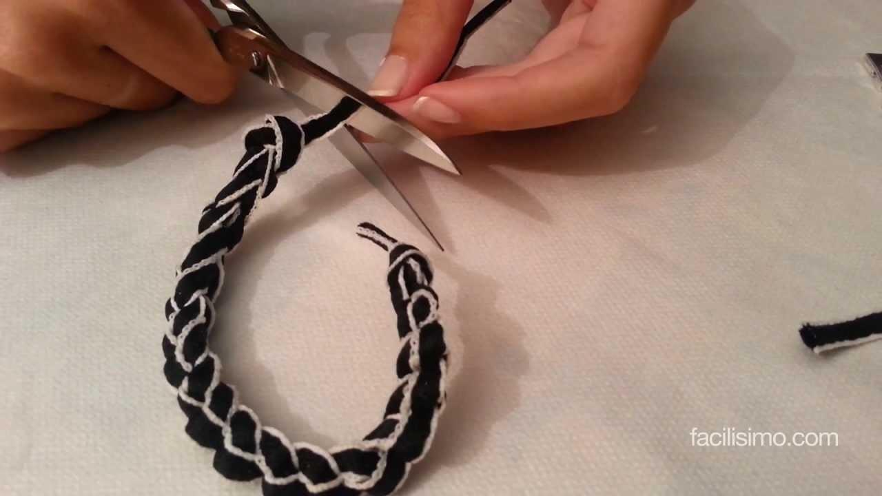 Como hacer una pulsera con un cordón   facilisimo.com