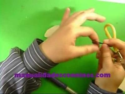 Manualidades de Reciclaje  Como hacer un ratoncito marioneta con materiales sobrantes   YouTube