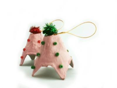 Como hacer un arbol de navidad con cajas de huevo