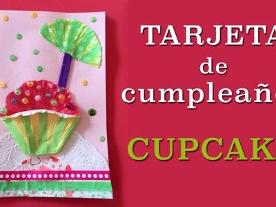 Tarjeta de cumpleaños con cupcake