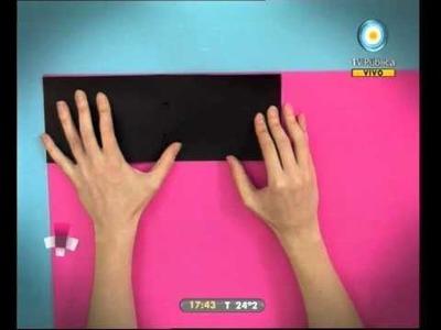 Caja rodante: Hoy te mostramos cómo: Libro con solapas y botón - 23-02-11