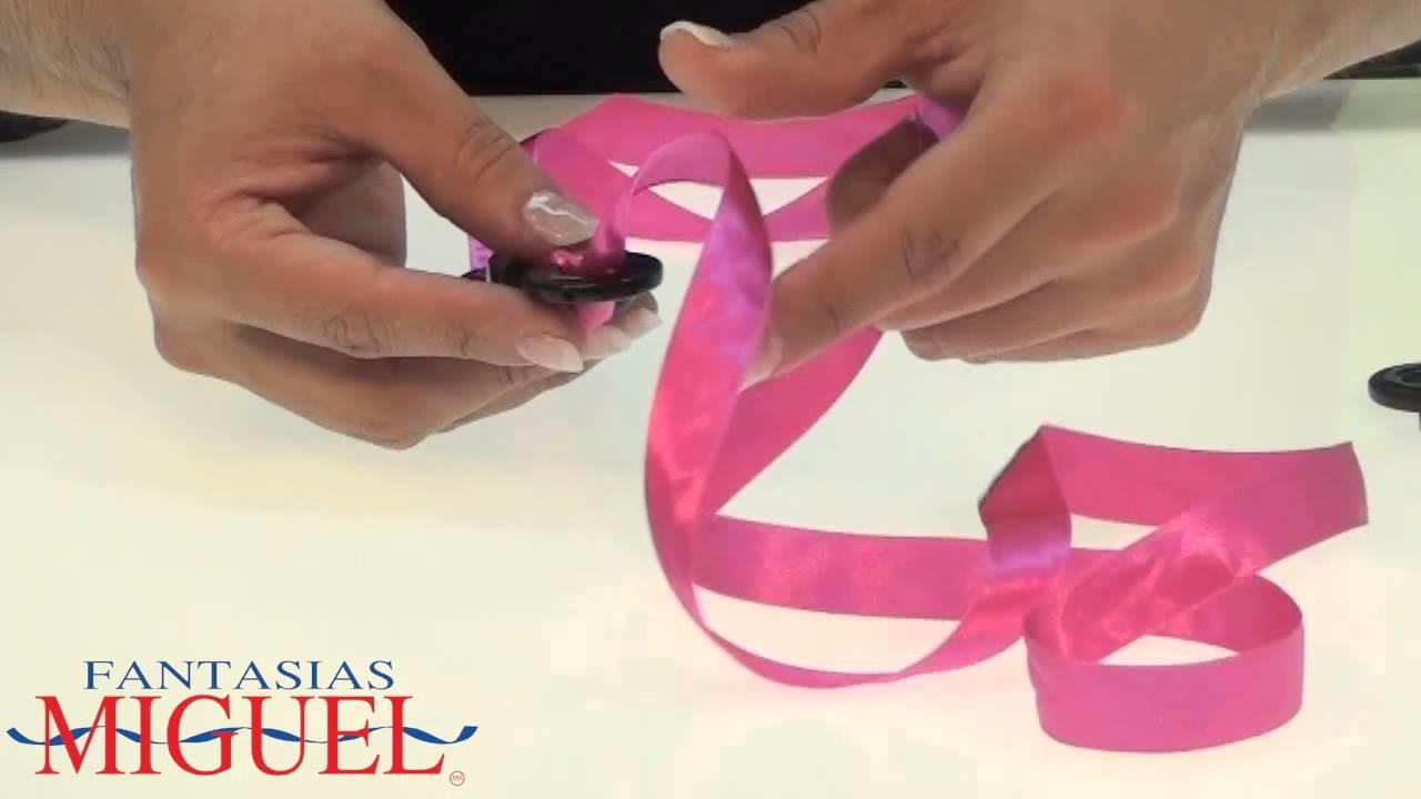 Cómo hacer un collar de aros con listón.