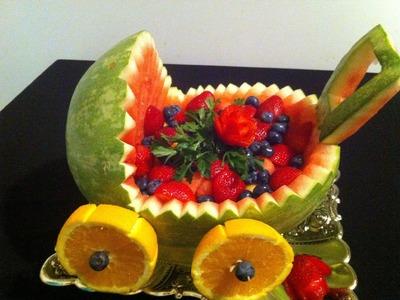 Cómo hacer una carreola de una sandia para regalo o decoración - La receta de la abuelita