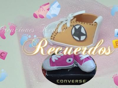 Recuerdos Zapatito Foamy estilo Converse para Baby Shower. how to make baby converse shoes