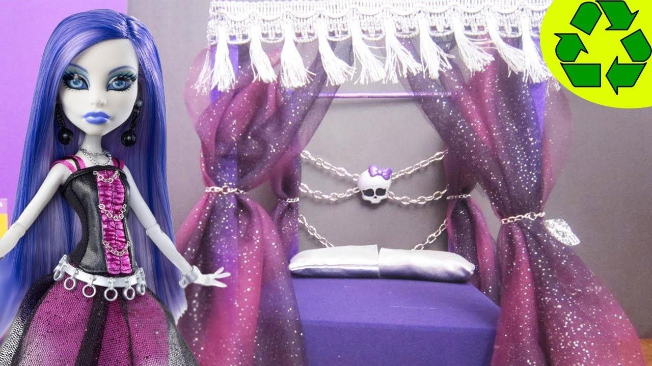 Manualidades para muñecas: Haz  una cama inspirada por la muñeca de Monster High Spectra