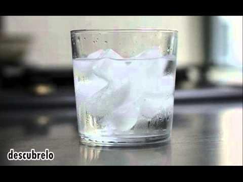 ¿por que nunca debes beber agua con hielo?