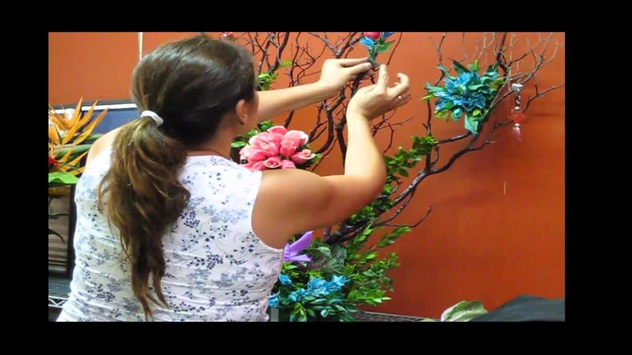 Como hacer un Arreglo Decoración de arbol seco con follajes, flores y bisuteria