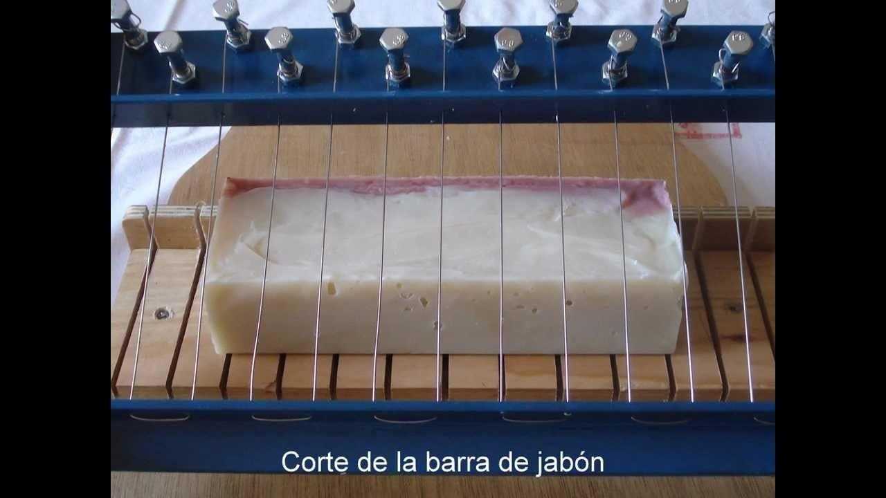 Diferentes maneras de cortar una barra de jabón artesano.