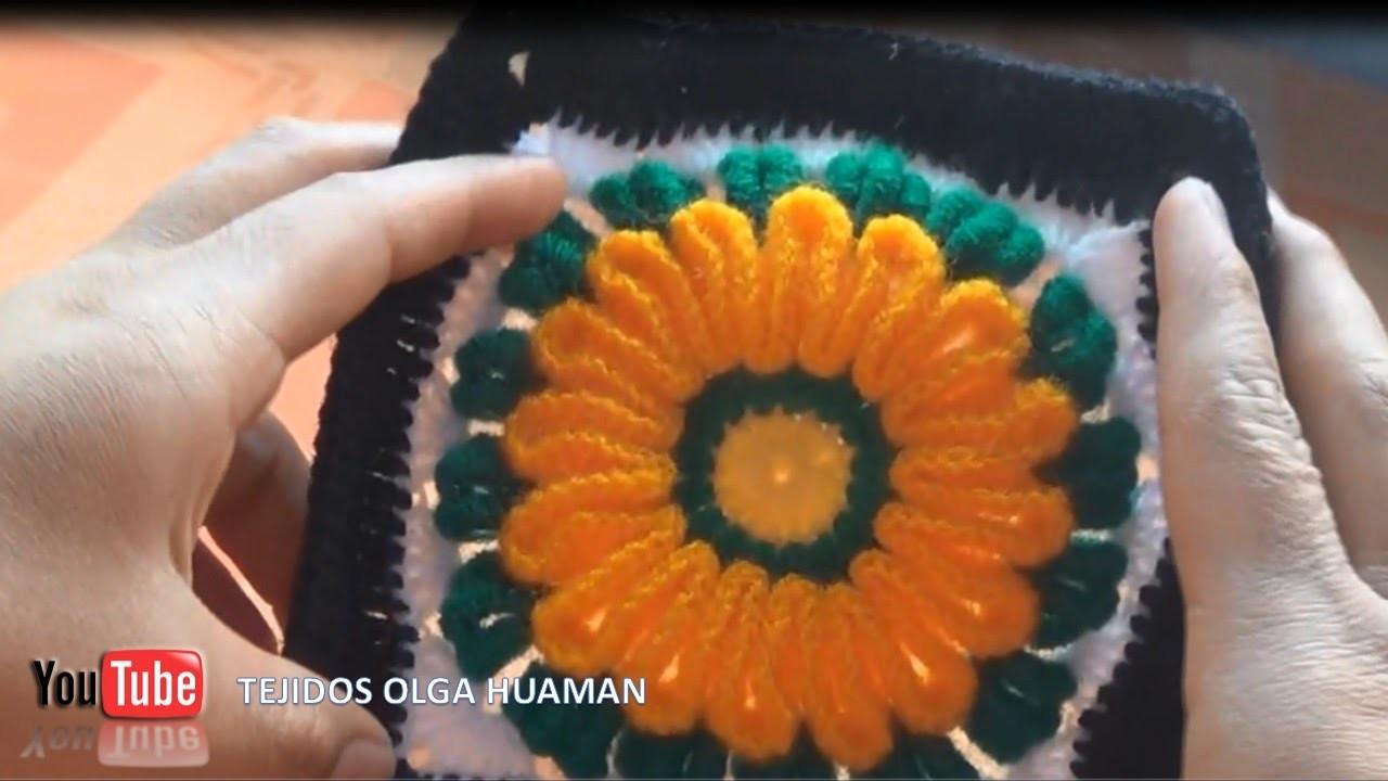 Flor tejido en ganchillo