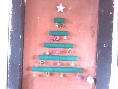 Pino de navidad con cartón (reciclado)
