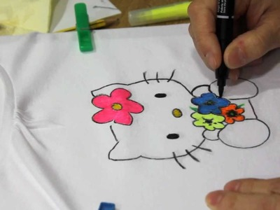 DIY: Cómo pintar una camiseta de Hello Kitty