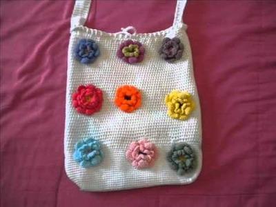 Bolsas de verano tejidas de flores y arillos