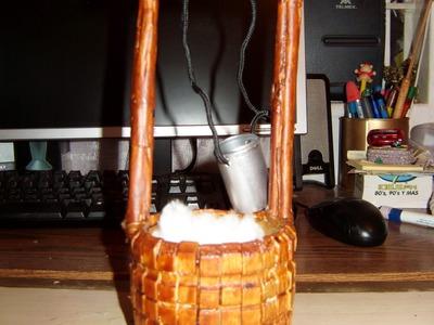 Como hacer un pozo miniatura con pinzas de madera 2 de 2.