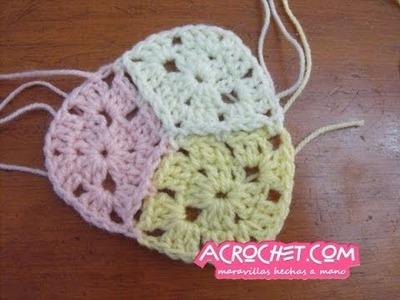 Como debemos unir tejiendo 3 rombos a crochet de 2 hileras