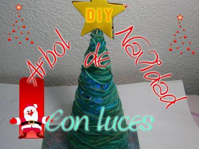 Árbol de Navidad con luces (de hilo) Fácil . Tree with lights.