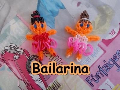 Bailarina con telar y saludos Ballerina with rainbow loom