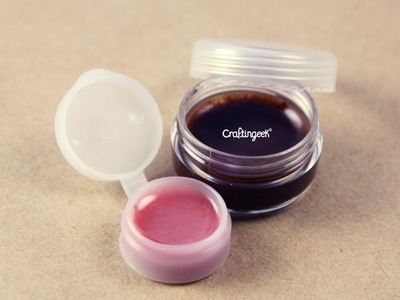 Como hacer tu propio brillo labial Facil. Lip balm How-to